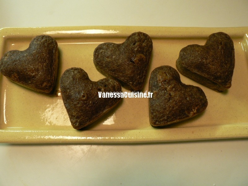 petits puddings chocolatés aux vieux biscuits de la boîte bleue
