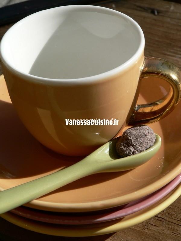 amandes au chocolat, C. Felder