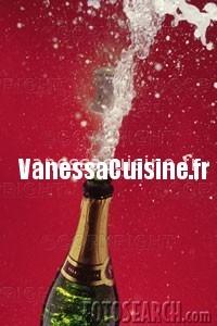 champagne, carrés chocolat framboises et carrés chocolat blanc airelles