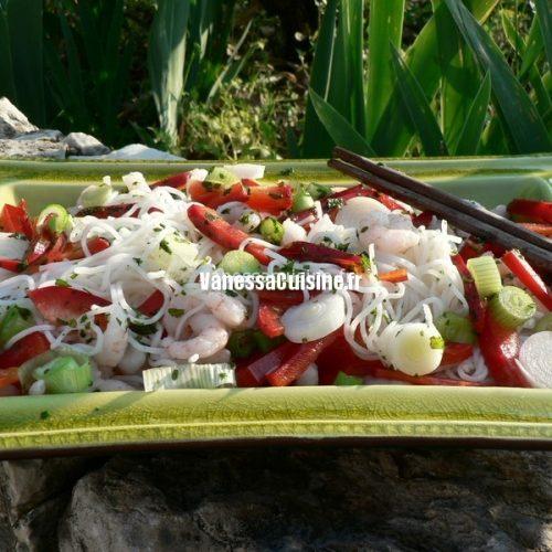 Salade de crevettes, vermicelles de riz et coriandre