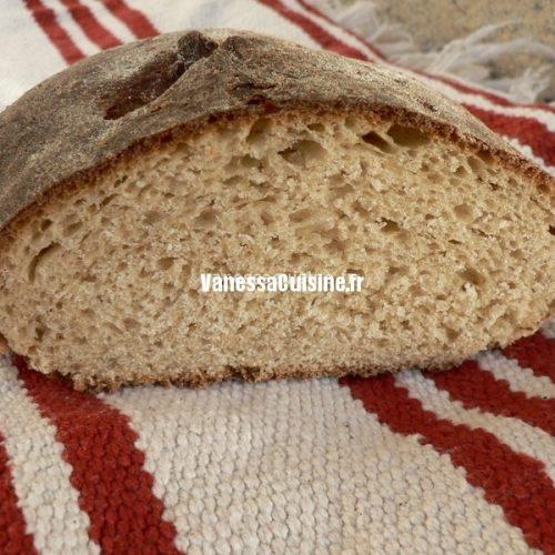 pain aux flocons d'avoine et sirop d'érable