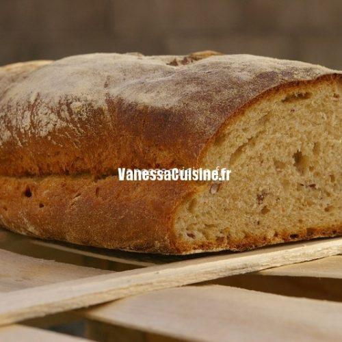 recette de pain à la farine d'épeautre et aux noisettes