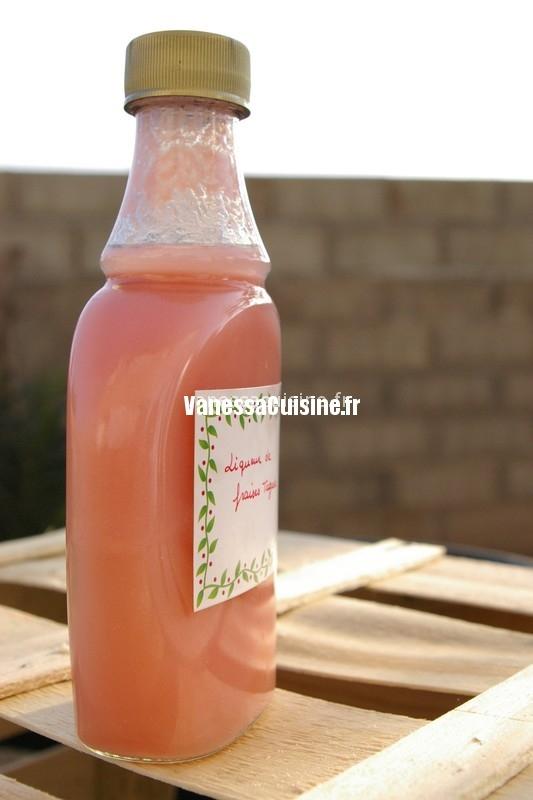 Liqueur de fraises tagada