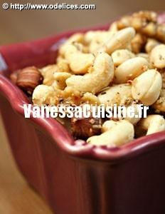 Fruits secs rôtis au romarin