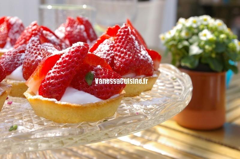 recette de tartelettes fraises et violette
