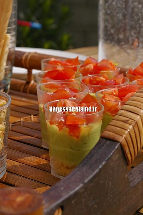 recette de verrines d'avocat et tomates