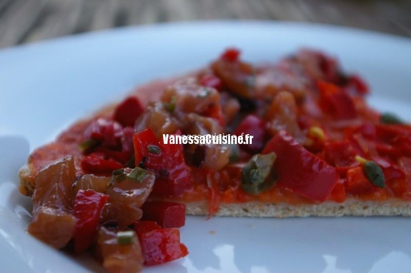 pizza aux tomates et poivrons, tartare de thon au shoyu, by L. Salomon