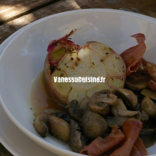 Poêlée de champignons et jambon cru en infusion d'épices et d'ail