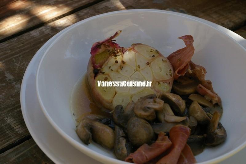 recette de poêlée de champignons au jambon cru et infusion d'ail
