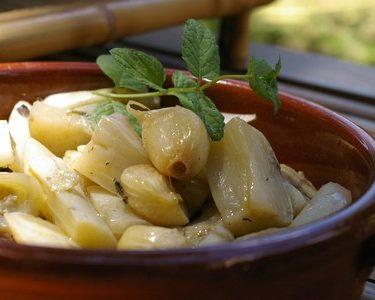 recette d'aubergines marinées à la menthe