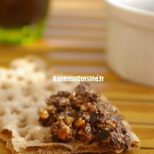 Olivade aux amandes