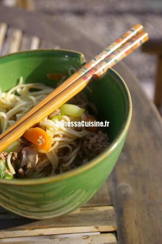 bolo chinoise ou les nouilles au boeuf et au curry pour Dorian