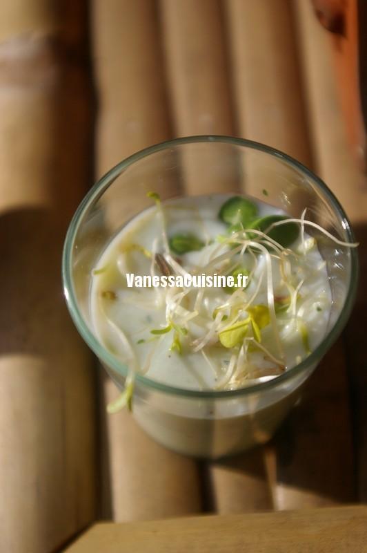 recette de consommé glacé au concombre