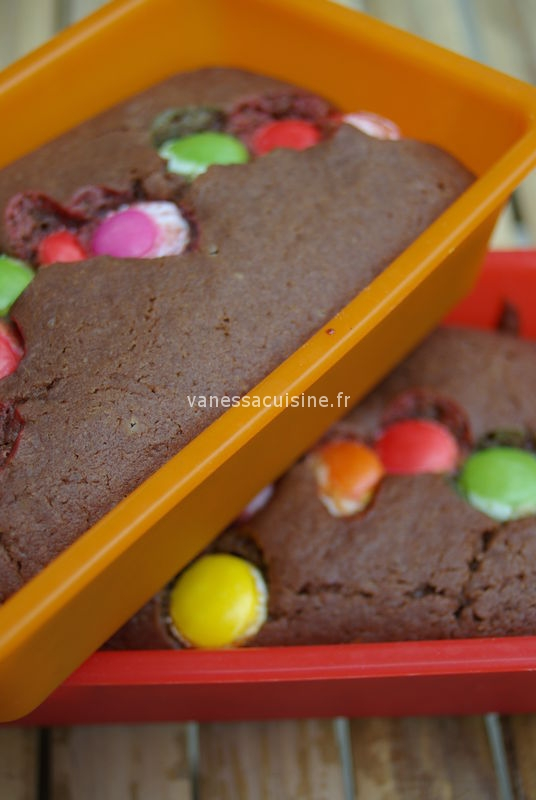 cake au chocolat au lait et aux smarties