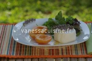 recette d'abricots rôtis, chèvre frais et miel de lavande