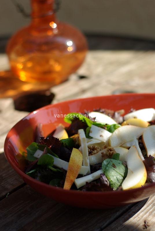 recette de salade à la poire et tomme de chèvre