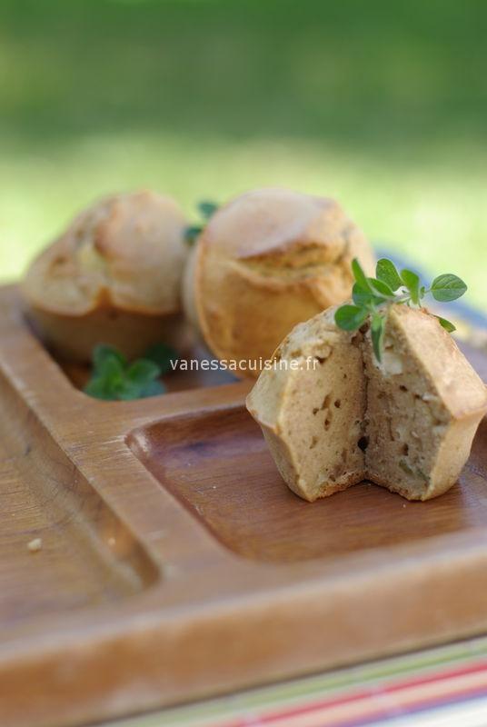 Cakes à la farine de châtaigne, chèvre sec et origan