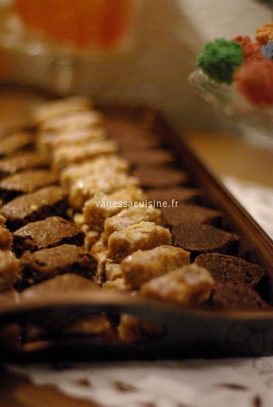Noël chez Baga et Ninou, table de fête et 13 desserts