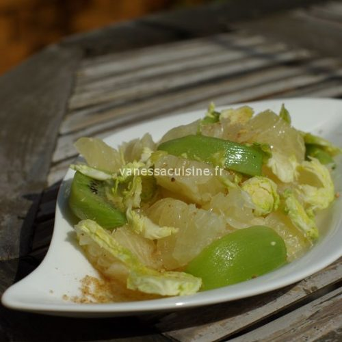 Salade de pomelo, kiwi et choux de Bruxelles