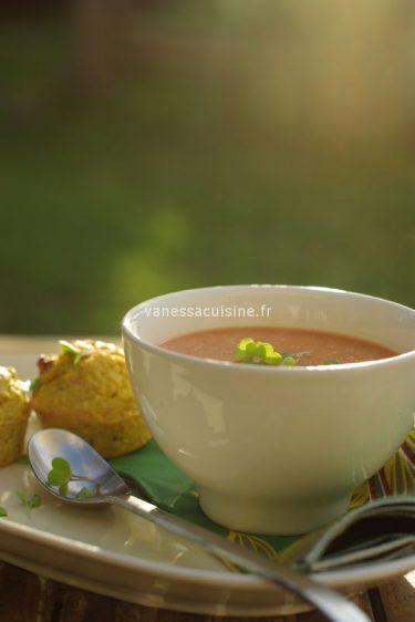 recette de soupe à la tomate et au lait de coco