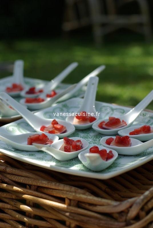 Picholines' party : les cuillères de carpaccio de gelées de fruits et tartare de fraises
