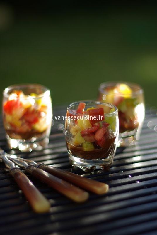 recette de tartare de tomates, gelée de tapenade