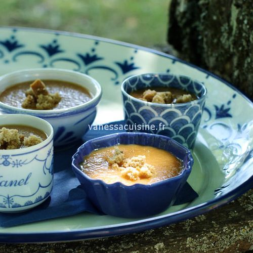 Soupe melon, pêches et pain d'épices
