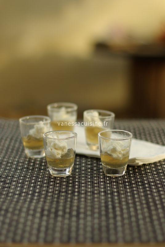 Gelée de verveine citronnelle, crème blanche à la fève tonka