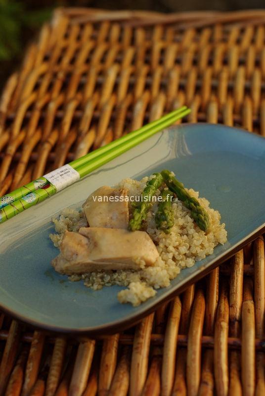 recette de poulet mariné au nuoc man et tamari, quinoa et asperges