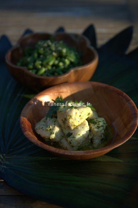 Dés de poisson blanc à la coriandre, curcuma et citron vert