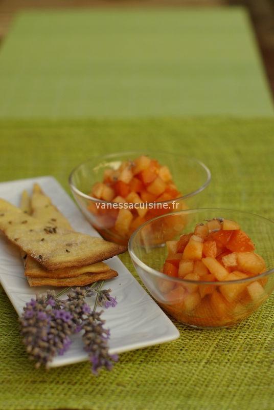 Minestrone d'abricots et melon, jus à la lavande