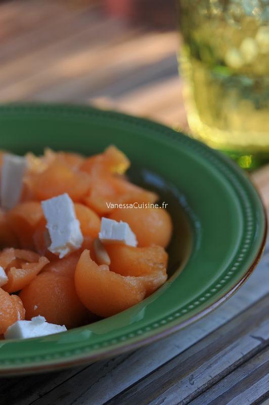Melon, féta et pignons