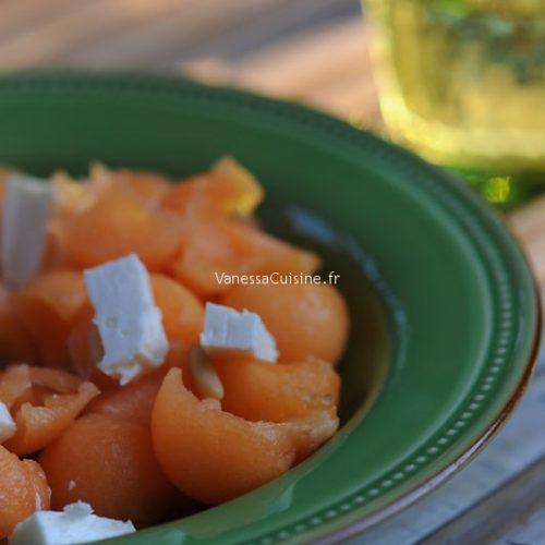 Salade de melon, feta et pignons