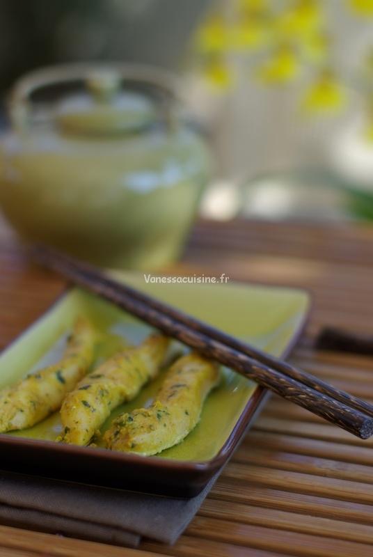 Poulet mariné au curry rouge, feuilles de citronnier et coriandre fraîche, by Ken Hom
