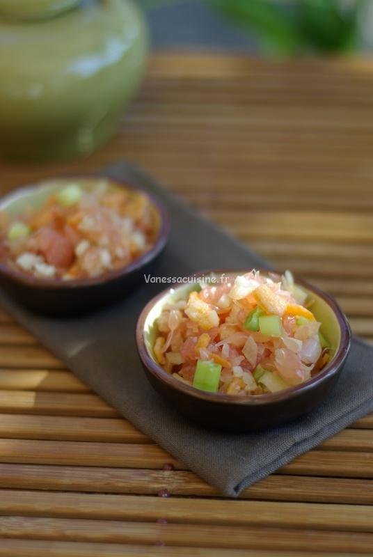 Salade thaïe au pomélo et crevettes séchées