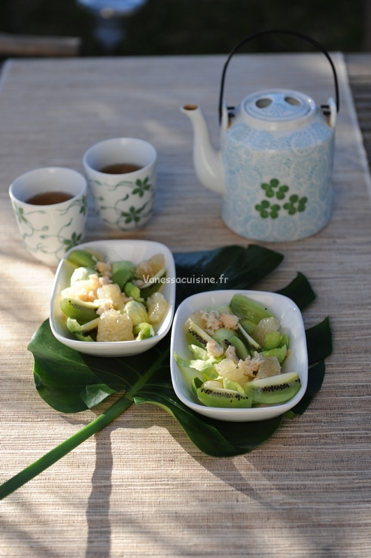 Salade de pomelo, kiwi et chou de Bruxelles