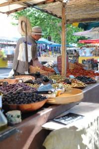 Sur le marché de Fréjus...