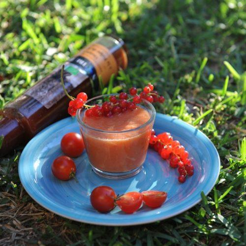 Gaspacho de tomate au vinaigre de fraise