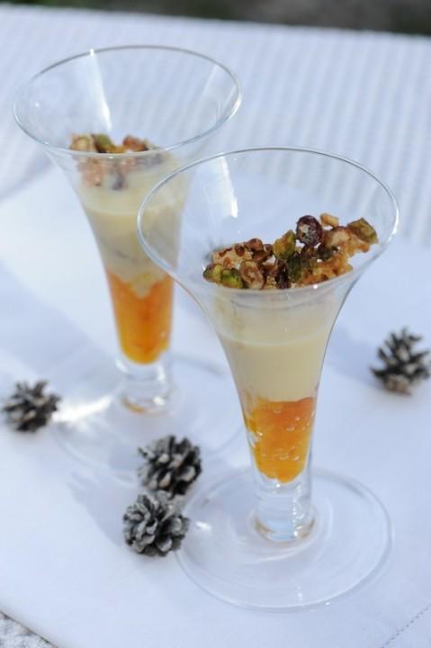 Compotée de mandarine, crème anglaise à l'amande et croquant de mendiants