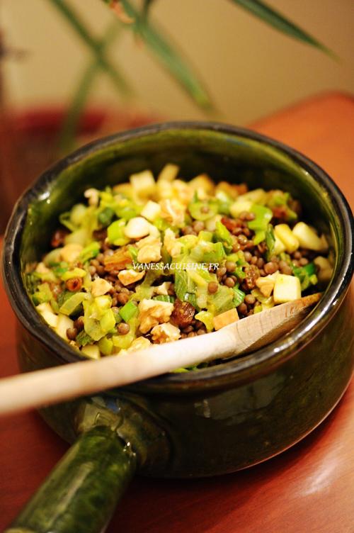 Salade de lentilles vertes au curry et aux pommes