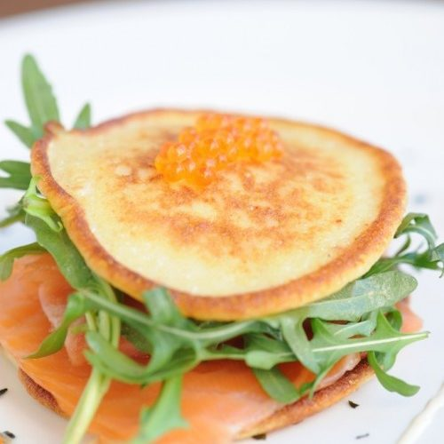 Pancakes de pomme de terre au saumon fumé