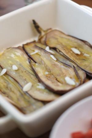 Aubergines rôties - Roasted eggplanbtes -  Vanessa Romano-Photographe et styliste culinaire-