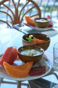 Dîner-dété-Velouté-de-courgette-au-fromage-de-chèvre-Summer-dinner-Vanessa-Romano-Photographe-et-styliste-culinaire.jpg