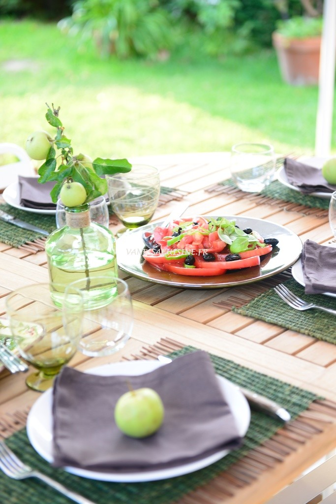 Table d'été en Provence