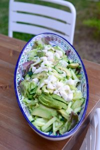 Salade-verte-au-concombre-avocat-et-crabe-sauce-thaie-Green-salad-with-cucumber-avocado-and-crab-thaie-style-sauce-Vanessa-Romano-Photographe-et-styliste-culinaire-1.jpg
