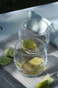 Ti-Punch-dAvignon-Caraxès-Manguin-Cocktails-Vanessa-Romano-Photographe-et-styliste-culinaire-2-500x750-custom.jpg
