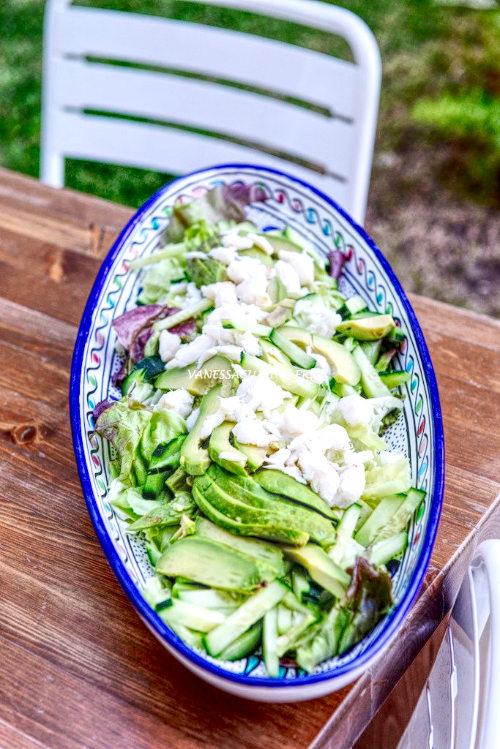 recette de Salade thaïe de concombre et avocat au crabe
