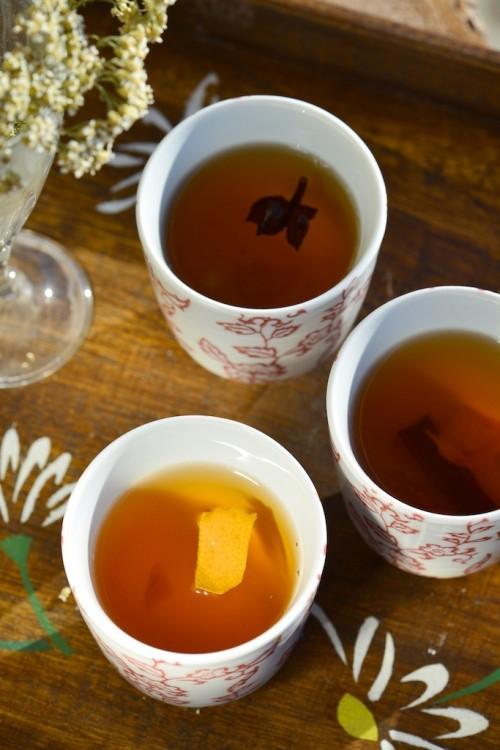Thé vert aux épices douces et agrumes - Green tea with sweet spices - Vanessa Romano photographe et styliste culinaire (2)