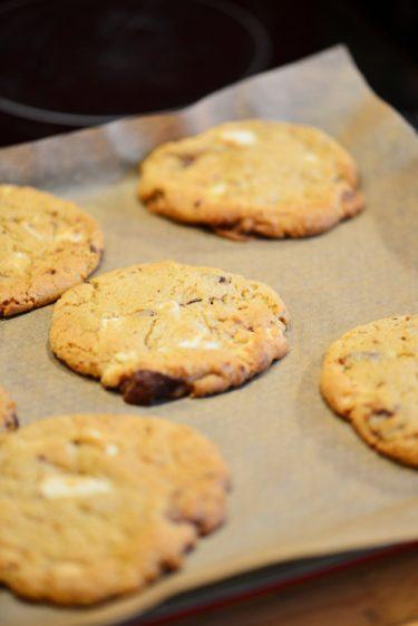recette de cookies aux trois chocolats