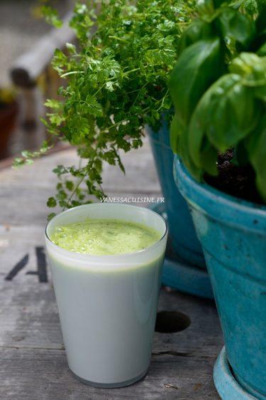 recette de jus vert au curcuma et au gingembre